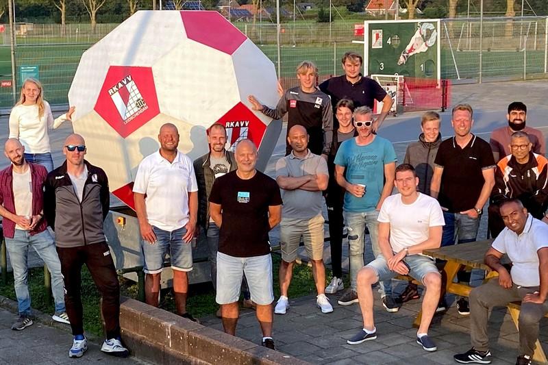 Trainers kick-off